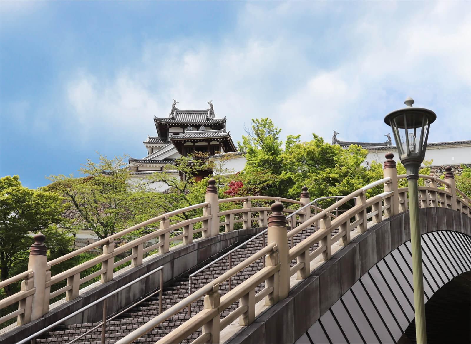 福知山城と昇龍橋