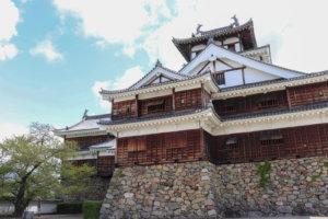 石垣も美しい福知山城の外観