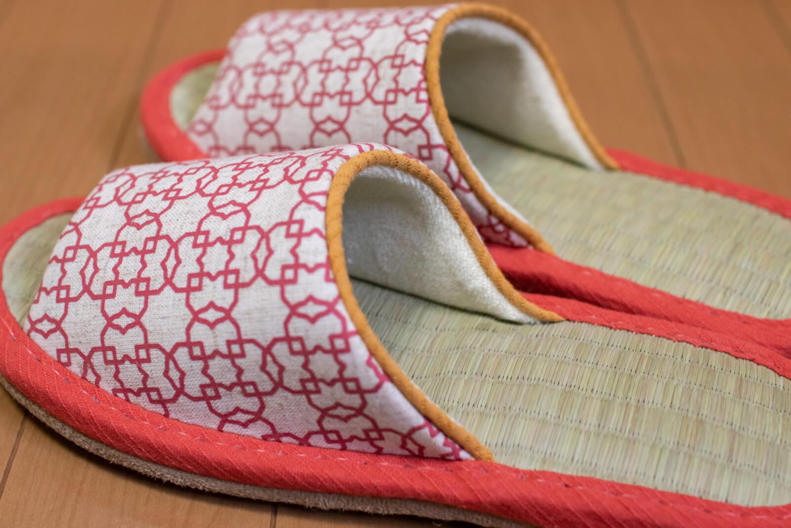 紅色の和柄&畳スリッパ